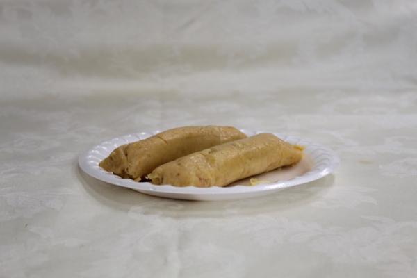 tamales-pollo98A9B117-04A0-0C9C-36C2-6BE72CB07A2E.jpg